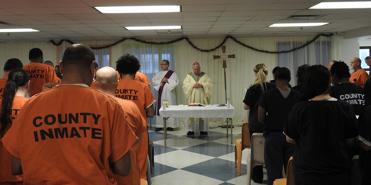Cuyahoga County Jail inmates attend annual Christmas Mass with bishop
