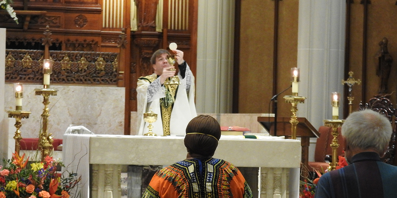 Faithful welcomed back to publicly celebrated Mass at cathedral