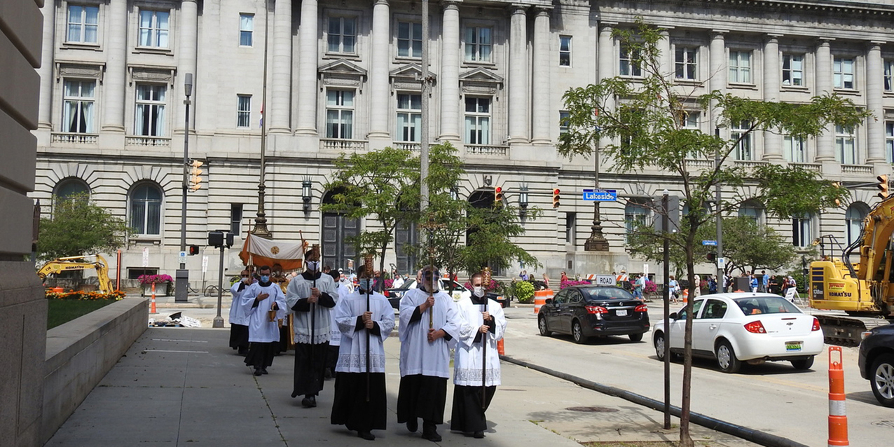 Legion of Mary marks Blessed Mother's birthday with Eucharistic procession, prayers