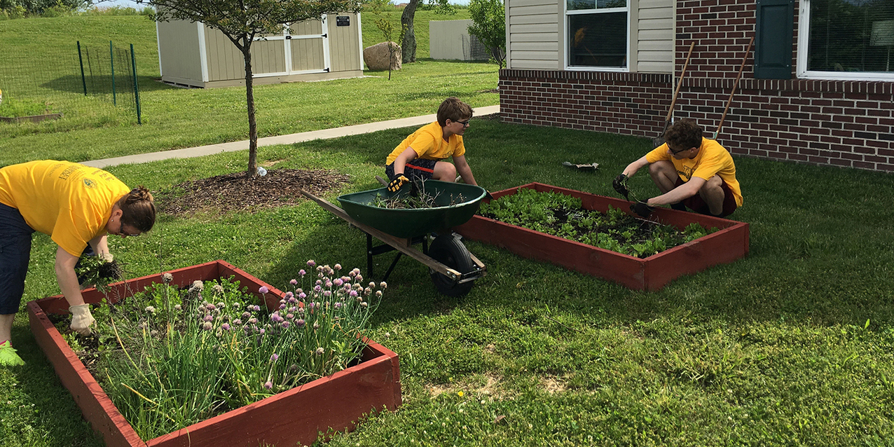 Immaculate Heart of Mary parishioners spend a day in service to the community